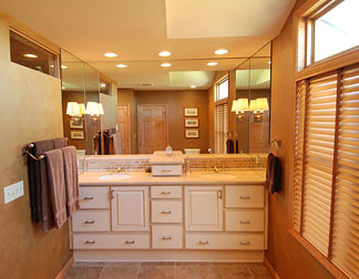 2008 Gold Bathroom