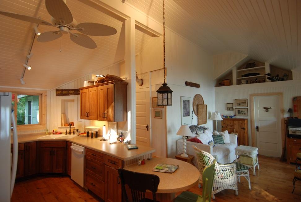 2009 Gold Kitchen3
