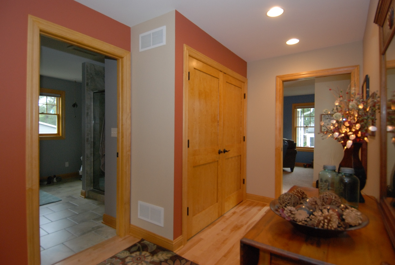 Hallway Cr